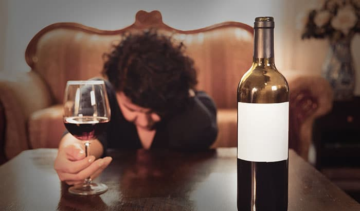 Alcohol-Addiction-Is-Your-Loved-One-Hiding-an-Addiction