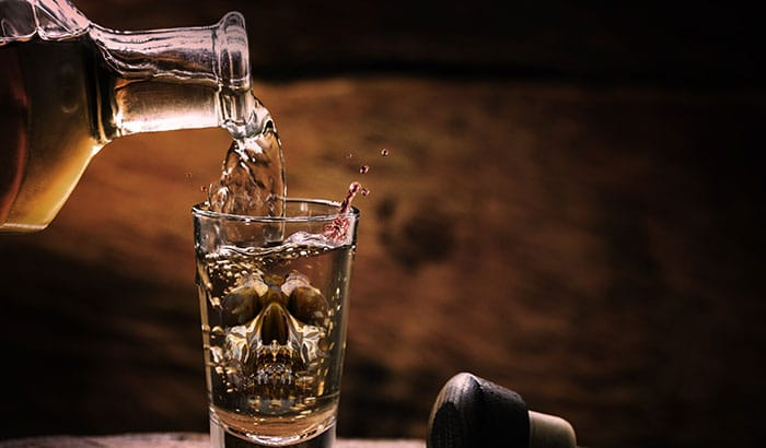 Alcohol-Addiction-Signs-It-May-Be-Time-to-Go-to-Rehab
